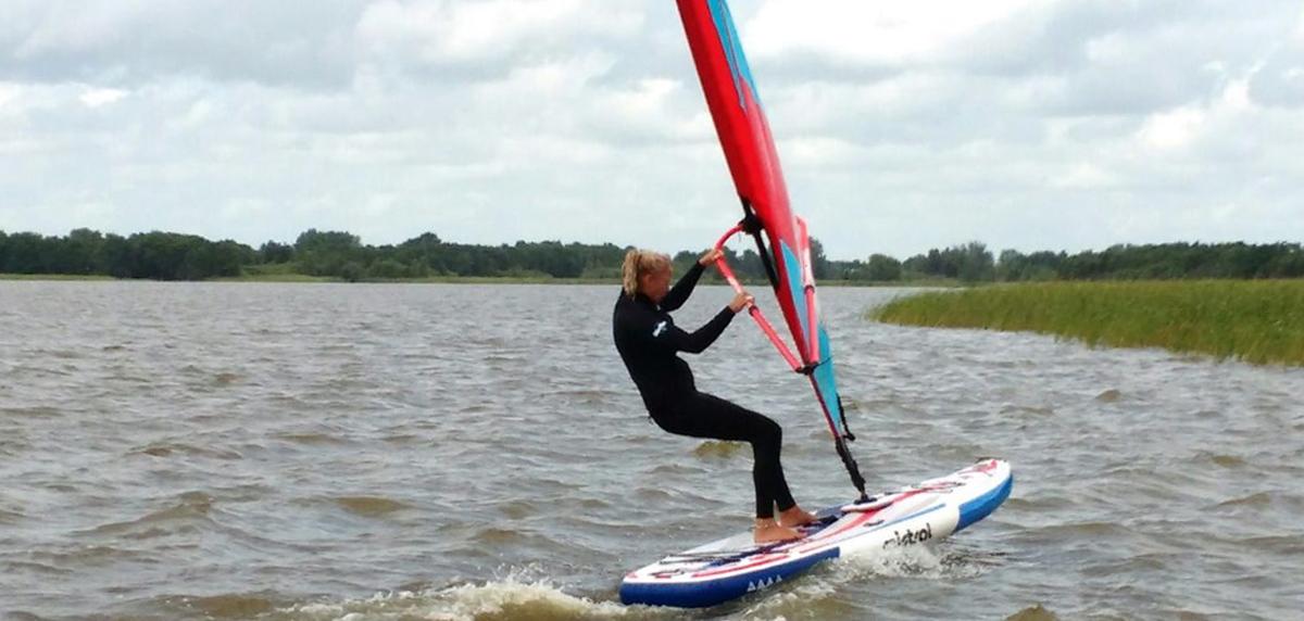 Vijftig plus op de plank; windsurfstilte voorbij