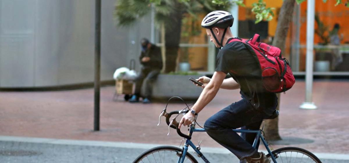 Vanaf 2019 verbod op appen op de fiets