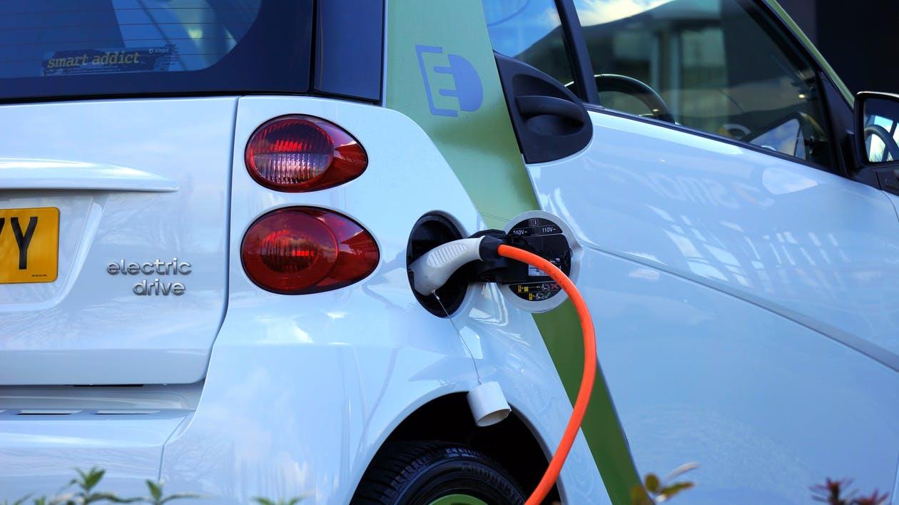 Ken jij het waterbedeffect als het over elektrische auto's gaat?